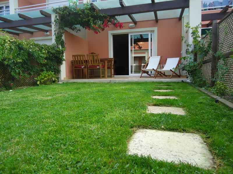 Charming apartment in Ericeira, vacation rental in Ericeira