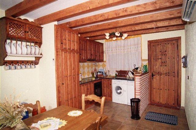 Casa Rural de 4 habitaciones en Arenal, El, location de vacances à Mombeltran