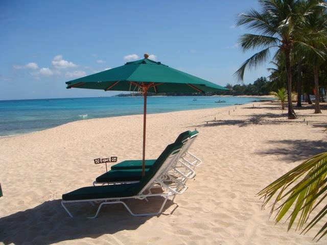 Beautiful sandy beach and calm waters for swimming and snorkeling