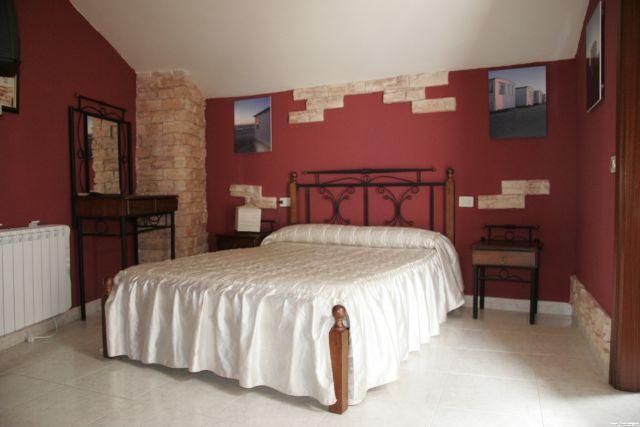 Para 12 personas, ideal para ir con tus amigos, holiday rental in Lourenza