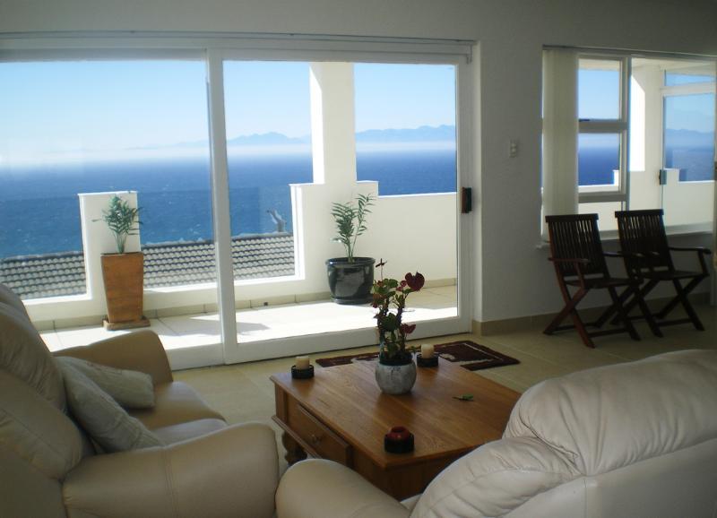 PENGUINDEN - Top Apartment, location de vacances à Cape Point