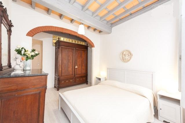 New Apartment in the heart of Florence, casa vacanza a Piancastagnaio