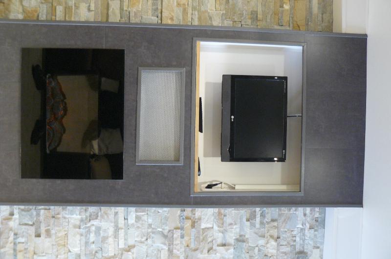 TV & Heater