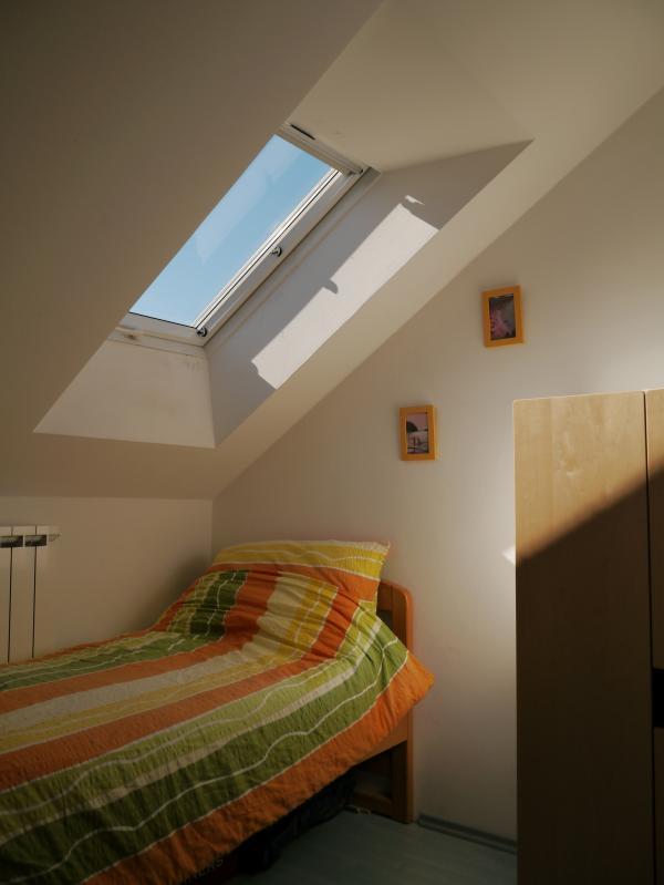 Top Floor Single Bedroom