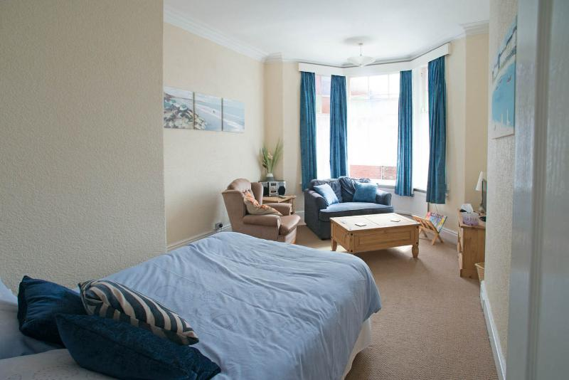 Scarborough - The Blue Studio, holiday rental in Scarborough