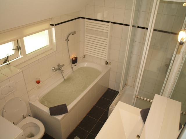 badkamer met whirlpool