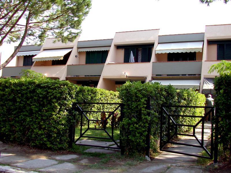 APTS complex joy _ Joy Apartments