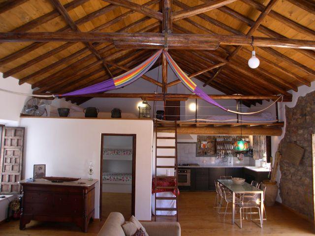 Casa acogedora. Ubicación estratégica, vacation rental in Vila do Bispo
