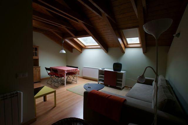 Buhardilla 4 pers 1 dormit Castejon d Sos Benasque, vacation rental in Huesca