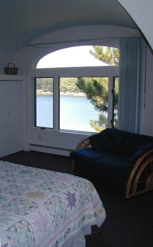 Second bedroom, with water view.