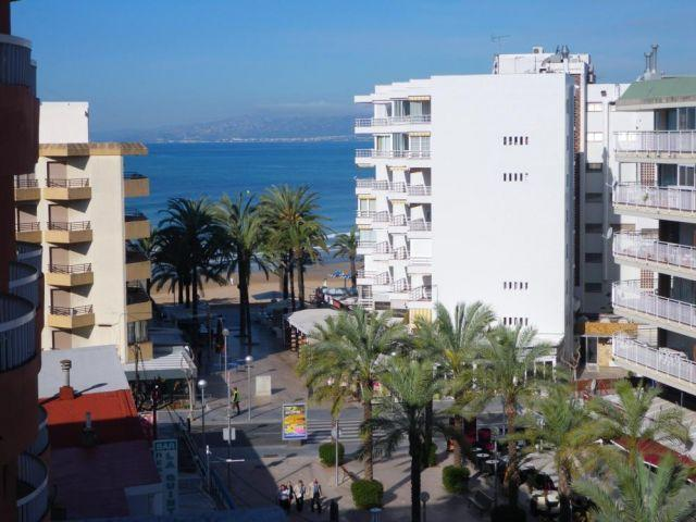 AMATISTA COQUETO, A 50M PLAYA, PISCINA,, vacation rental in Salou