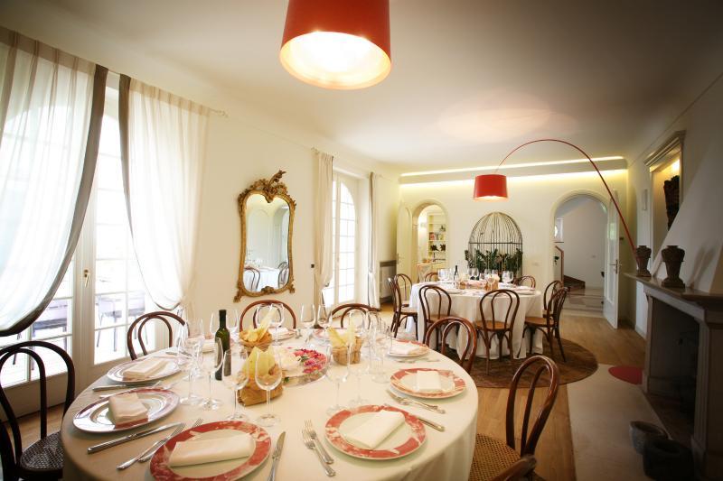 Elegant Dinner at Villa Costasanti