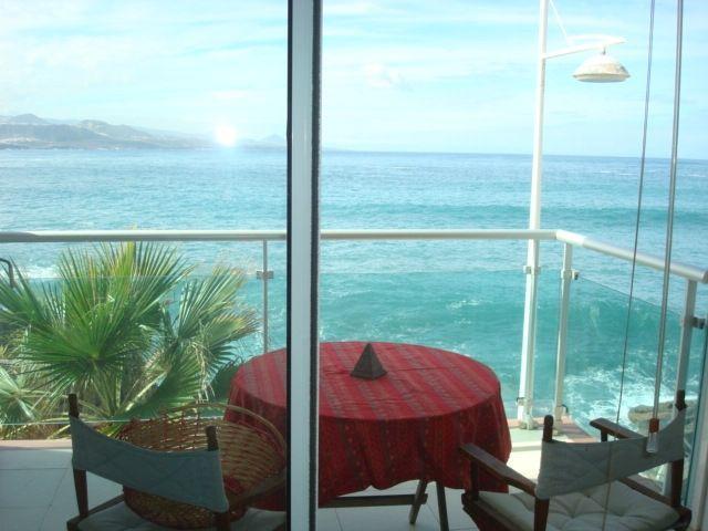 Coqueto apartamento en el paseo de Las Canteras.4 personas. Consultar precios ., aluguéis de temporada em Las Palmas de Gran Canaria