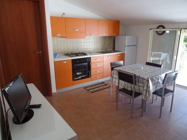Apartamento para 6 personas en Siracusa, holiday rental in Fanusa