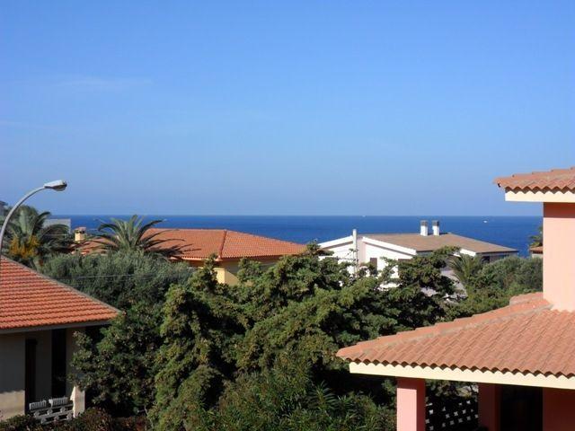 Habitaciones en apartamento en Valledoria, holiday rental in Valledoria