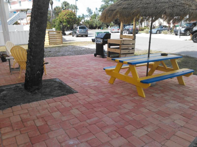 Brand new deck with picnic table & grill