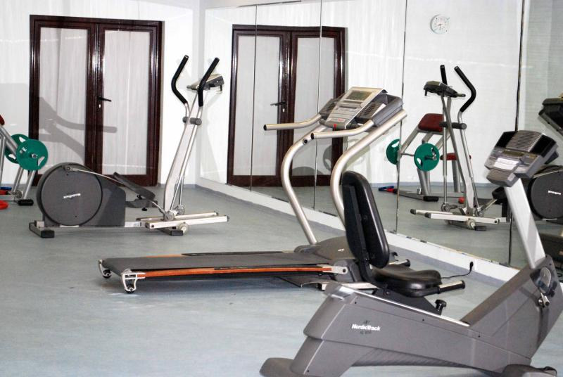 Gym in the Flora Hotel
