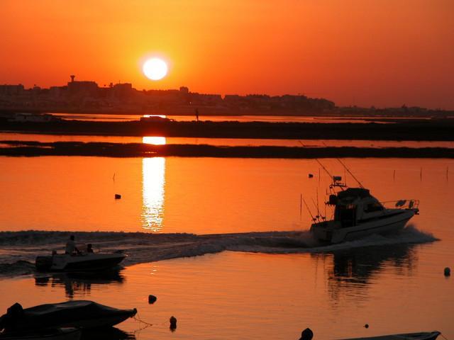 Le soleil se lève sur Faro