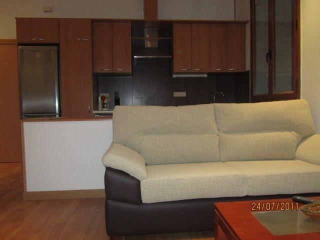1- Apartamento centrico Plasencia, vacation rental in Extremadura