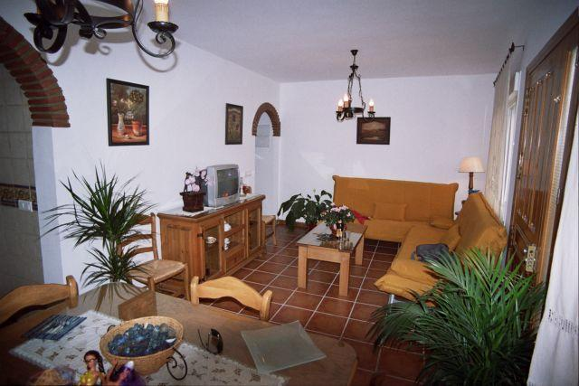 CASA MARIA,centro de Nerja,playa 200m,wufi,8 perso, holiday rental in Nerja