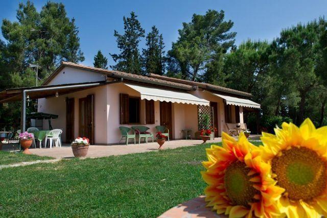 Apartamento para 4 personas en Certaldo, aluguéis de temporada em Gorgognano