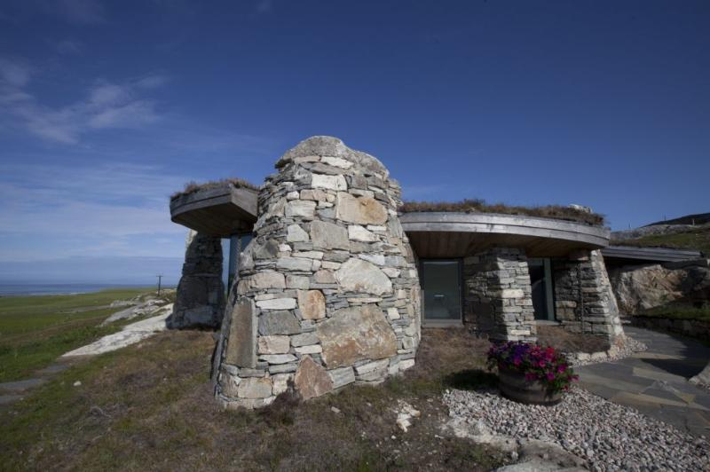 The Rock House has commanding views over the Sound of Taransay