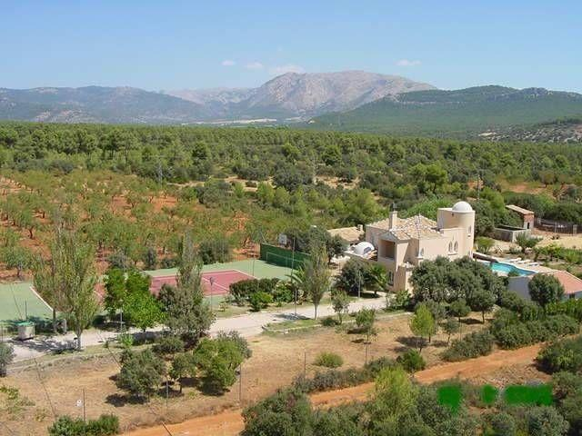Very good location of the accommodation for all kinds of activities and easy access.