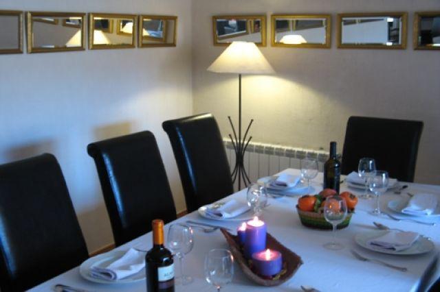 Para 14 personas, ideal para ir con tus amigos, holiday rental in Arcas del Villar