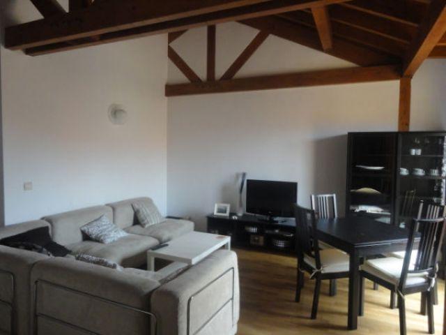 Apartamento de 89 m2 de 3 dormitorios en Comillas, location de vacances à Udias