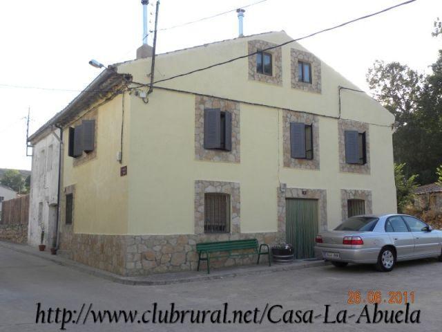 Apartamento de 4 dormitorios en Esteras De Medinac, vacation rental in Mirabueno