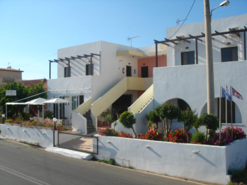ILIAKTIDA APARTMENTS/STUDIO/2, holiday rental in Crete