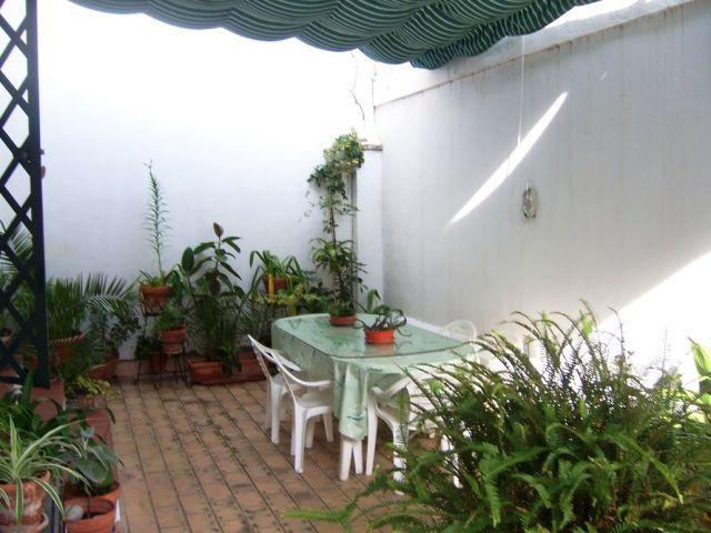 Apartamento a 3 min. de la Pla, holiday rental in Cadiz