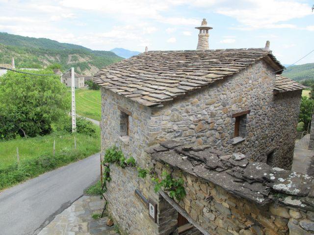 Casa Rural de 90 m2 de 2 habitaciones en Molinos,, alquiler vacacional en Belsierre