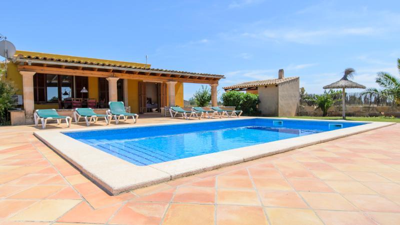casa de campo 10km playa, alquiler de vacaciones en Mallorca