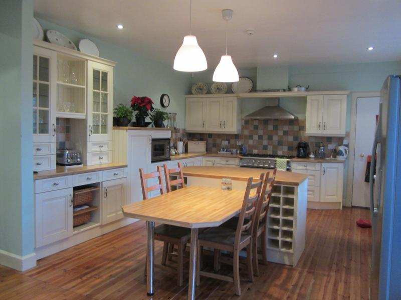 Extra large, open plan, fully fitted kitchen.