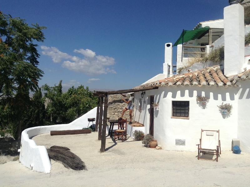 Our cavehouselooking over the beautiful and historic village of Galera. 15 min walk to the village.