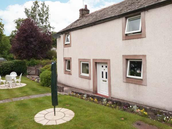 JASMINE COTTAGE, pet-friendly, WiFi, off road parking, enclosed garden, cottage, vacation rental in Appleby-in-Westmorland