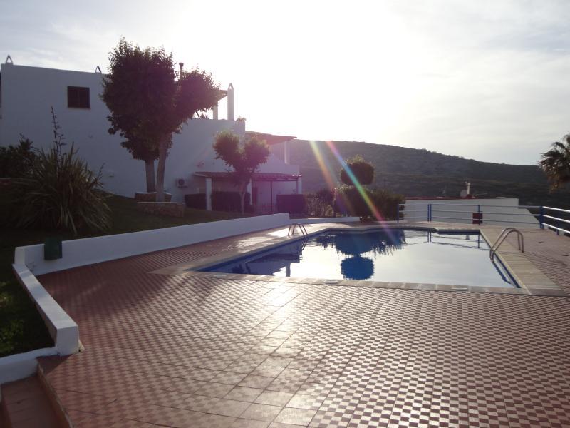 Apartamento En Peñiscola Con Piscina y Excelentes Vistas, location de vacances à La Salzadella