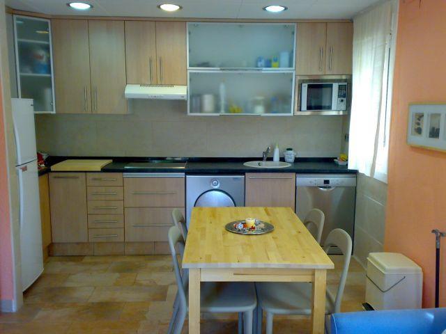 Apartamento en Rosas a 50 pasos de la playa, alquiler de vacaciones en Roses