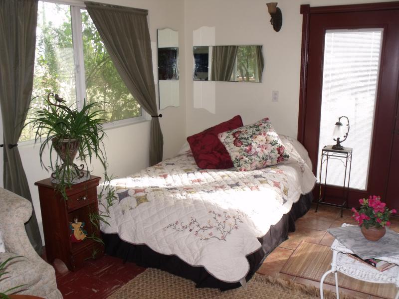 Charming Country Cottage, casa vacanza a Moreno Valley