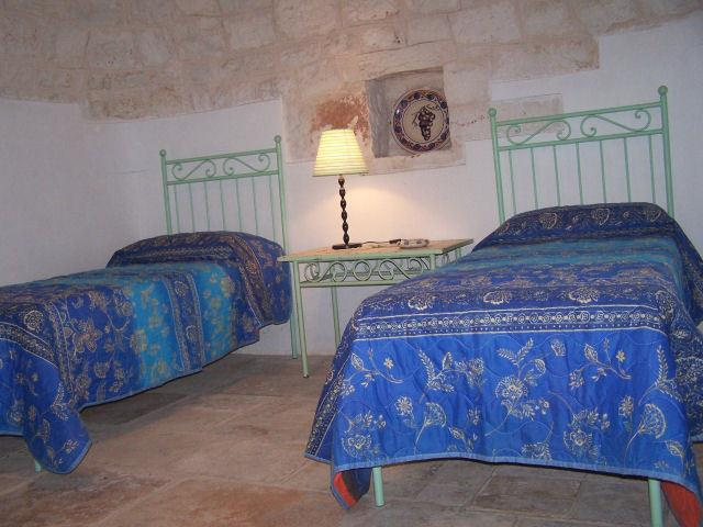 Room 3 single beds or one double bed and single bed