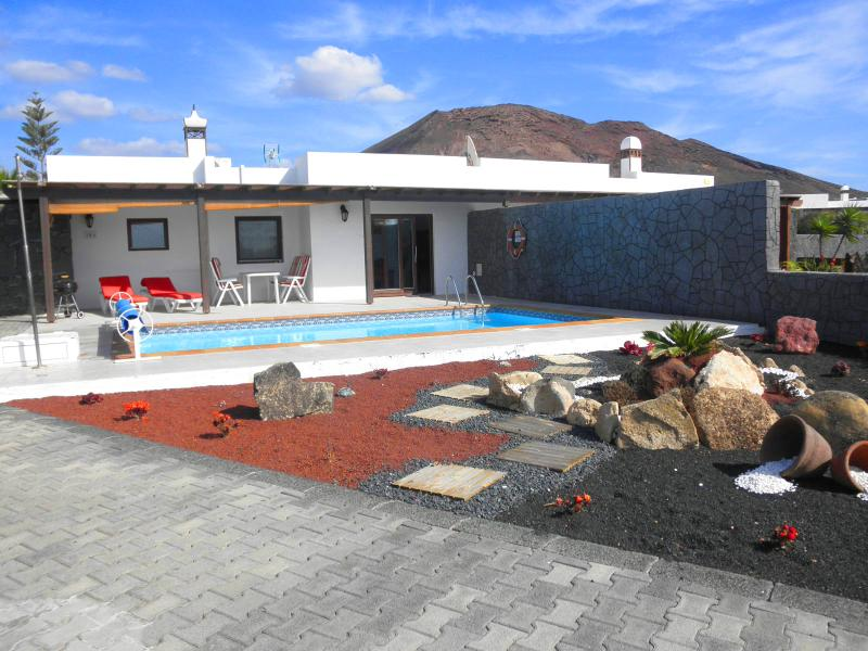 Villa Ariadne en Playa Blanca, vacation rental in Playa Blanca