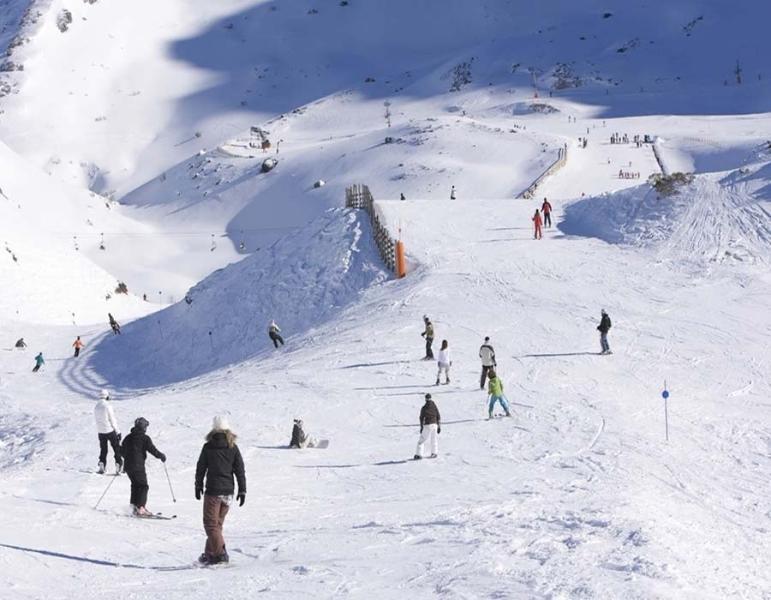 Estación de esquí de San Isidro a escasos minutos del alojamiento