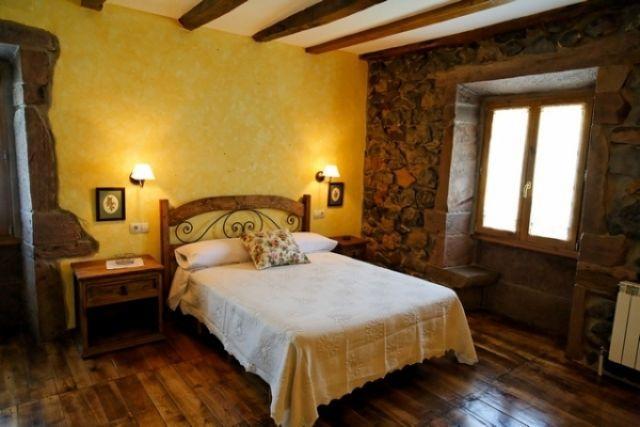 Donamaria_Gaztelu, Habitación en Casa Rural Gamioa, vacation rental in Almandoz