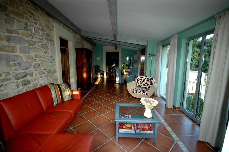 Sejour (sitting room)