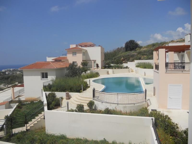 Anastasia House - Pool view