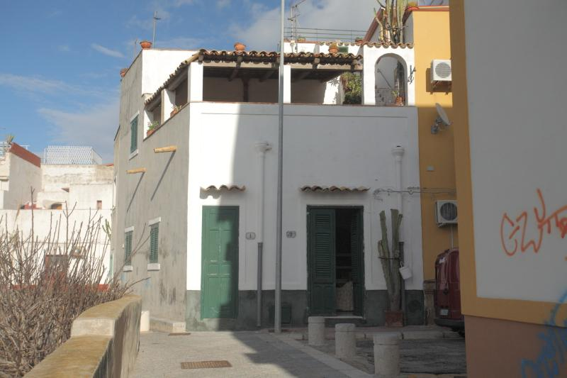 Casa di charme con stupenda vista, aluguéis de temporada em Cinisi