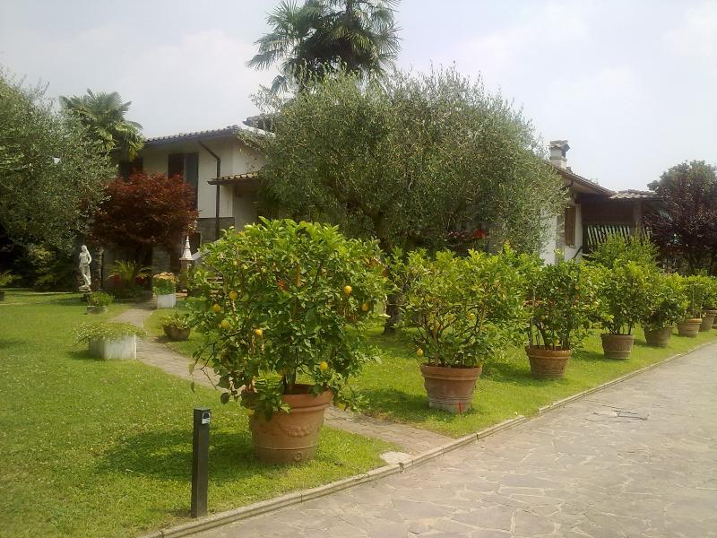 B&B villa dei limoni, vacation rental in Botticino