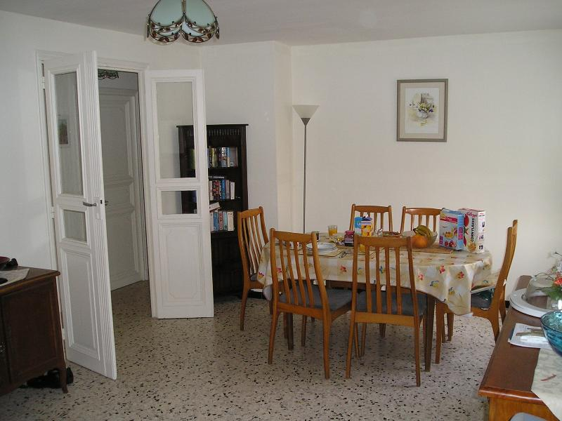 The dining room (2)