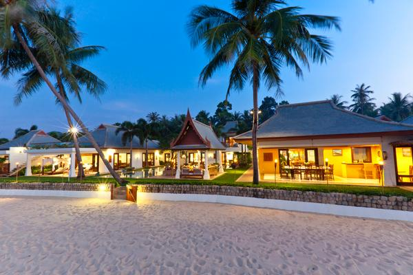 Large Luxury Beachfront Villa